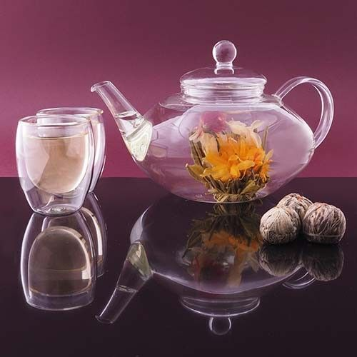 Discover the world of tea with our beautiful tea sets